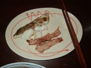 鱈の切り身と鶏のせせり肉